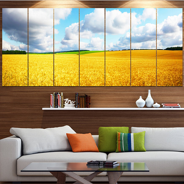Designart Beautiful Field Panorama Landscape Canvas Art Print - 7 Panels