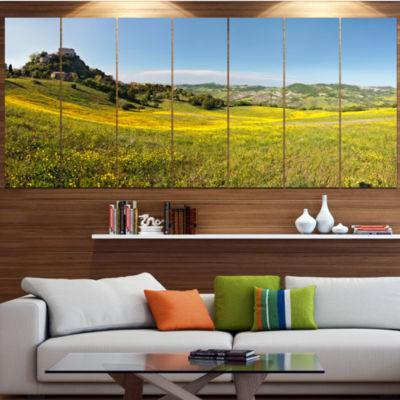 Designart Italian Castle Of Rossena Landscape Large Canvas Art Print - 5 Panels