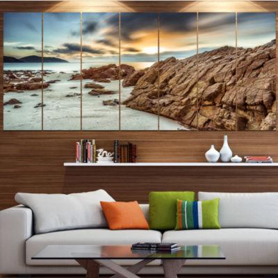 Designart Quang Ninh Province Vietnam Landscape Large Canvas Art Print - 5 Panels