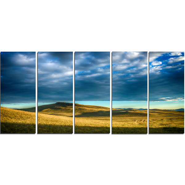 Design Art Green Landscape Under Cloudy Sky Landscape Canvas Art Print - 5 Panels