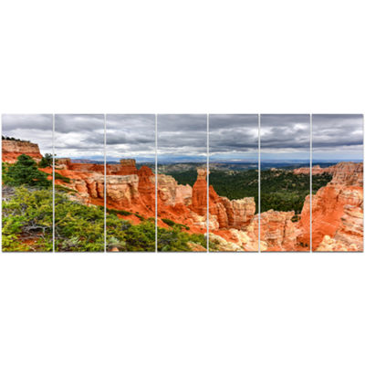 Designart Bryce Canyon National Park Landscape Canvas Art Print - 7 Panels