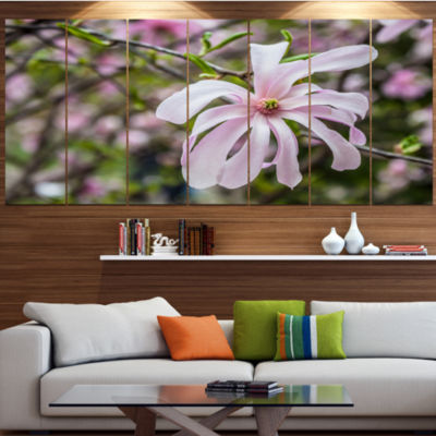 Designart Beautiful Magnolia Flowers Large FloralLarge Canvas Art Print - 5 Panels