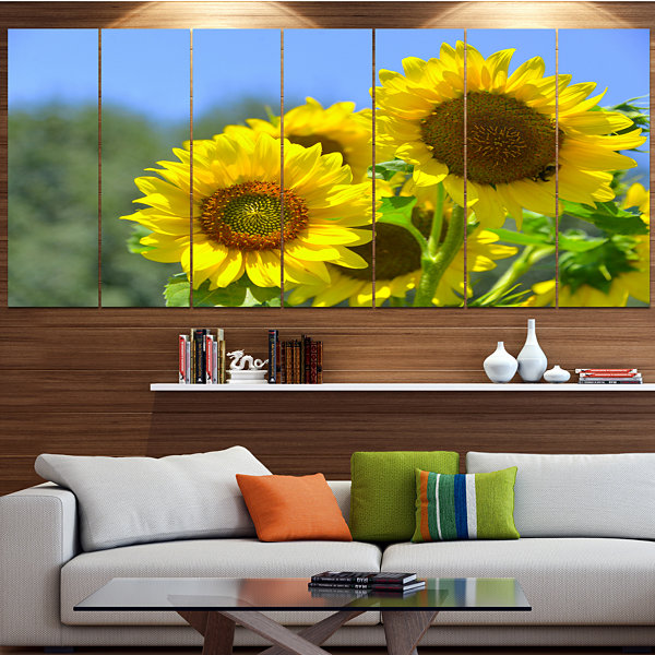 Designart Beautiful Sunflowers View Floral CanvasArt Print- 6 Panels