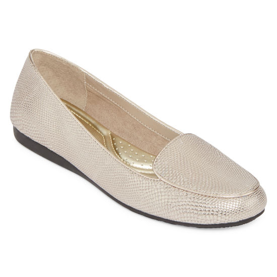 east 5th® Elanor Slip On Flats