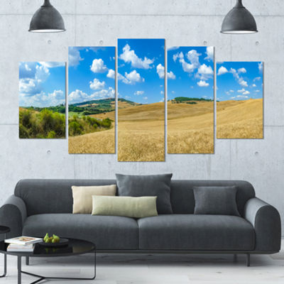 Designart Town Of Pienza Val D Orcia Italy Landscape Large Canvas Art Print - 5 Panels