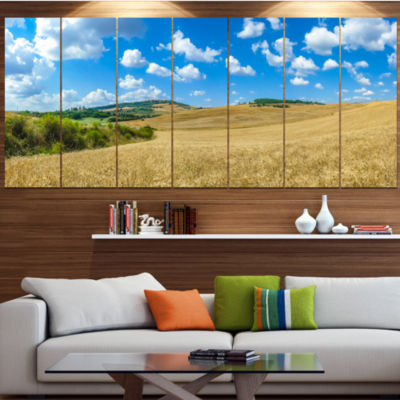 Designart Town Of Pienza Val D Orcia Italy Landscape Canvas Art Print - 7 Panels