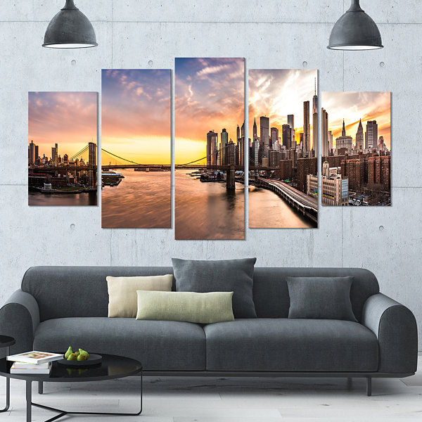 Designart Brooklyn Bridge Panorama At Sunset Landscape Large Canvas Art Print - 5 Panels