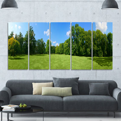 Designart Green City Park Panorama Landscape Canvas Art Print - 5 Panels