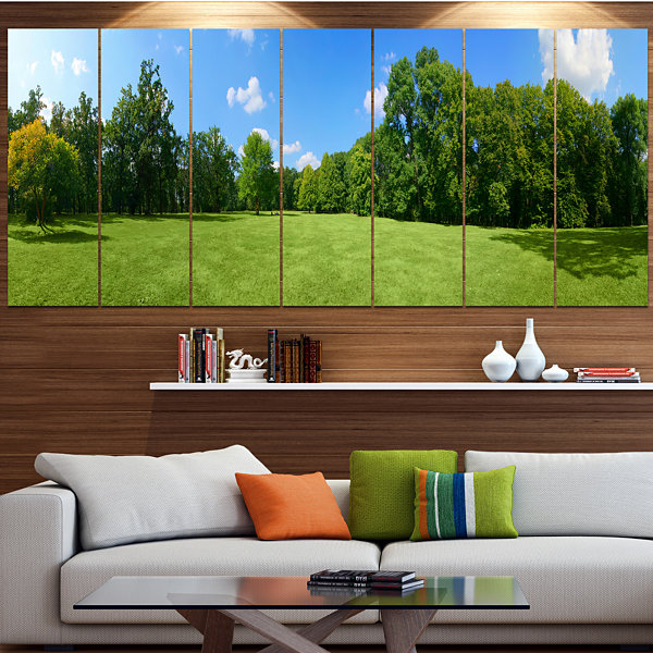 Designart Green City Park Panorama Landscape Canvas Art Print - 7 Panels