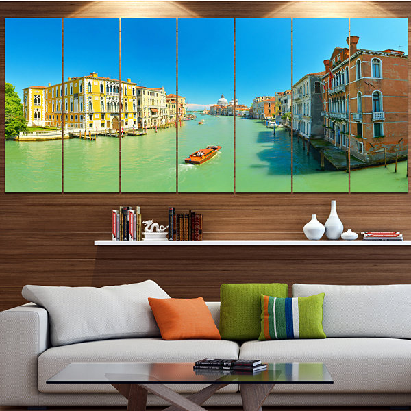 Designart Green Grand Canal Venice Landscape Canvas Art Print - 7 Panels