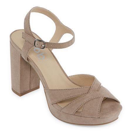 70s Clothes   Hippie Clothes & Outfits Pop Womens Garcelle Heeled Sandals 8 Medium Beige $26.24 AT vintagedancer.com
