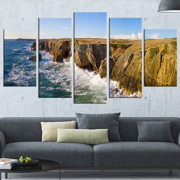 Designart Cote Sauvage Bretagne France Large Seascape Art Wrapped Canvas Print - 5 Panels