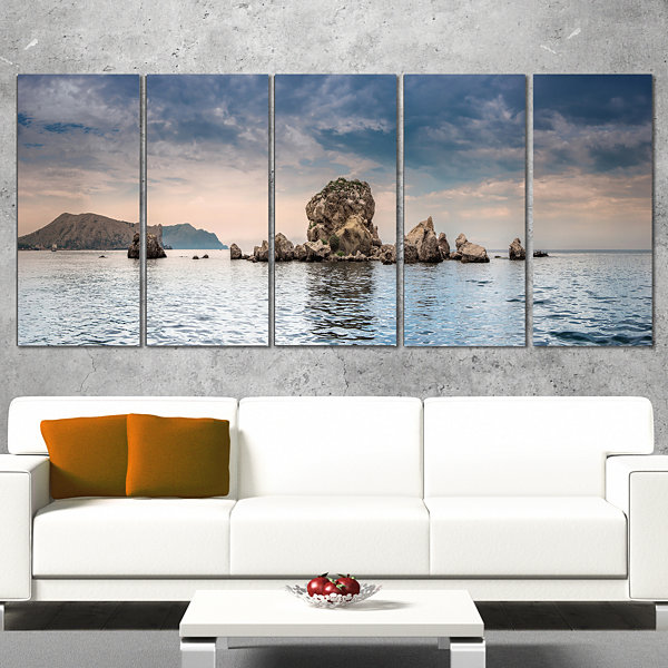 Designart Crimean Peninsula Seashore Panorama Seashore Wrapped Canvas Art Print - 5 Panels