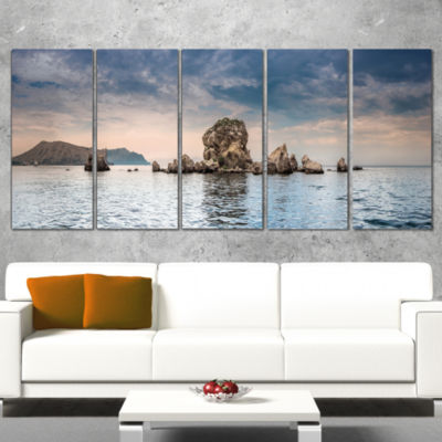 Designart Crimean Peninsula Seashore Panorama Seashore Canvas Art Print - 5 Panels