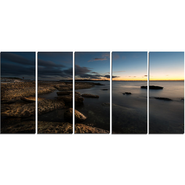 Designart Dark Sydney Coastline Seascape Canvas Art Print -5 Panels