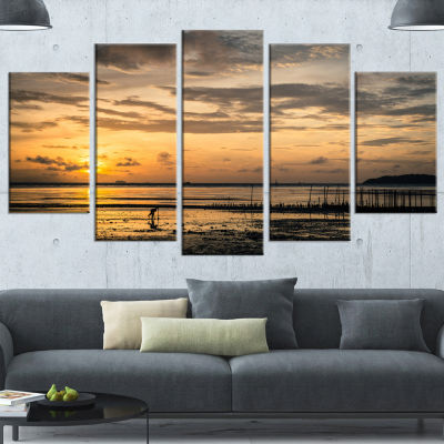 Designart Dawn At Seaside During Low Tide ModernSeashore Wrapped Canvas Art - 5 Panels
