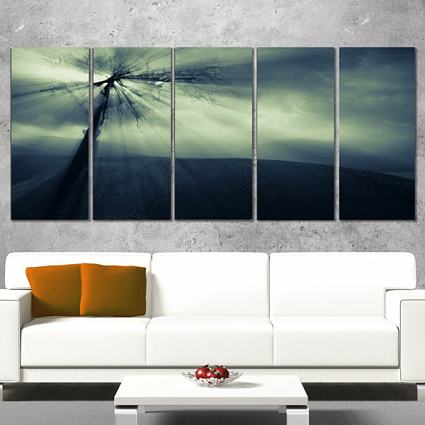 Design Art Dead Tree In The Mysterious Land ModernSeascape Canvas Artwork - 4 Panels