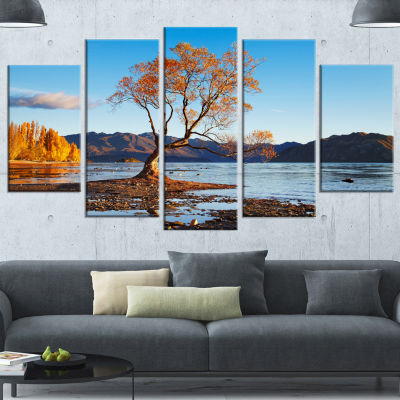 Designart Fall Lake Wanaka New Zealand Large Landscape Canvas Art - 5 Panels
