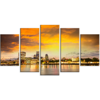 Designart Financial District Of London At TwilightCityscapeWrapped Canvas Print - 5 Panels