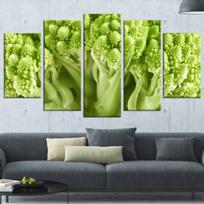 Designart Fresh Green Romanesco Florets Large Floral CanvasArt Print - 5 Panels
