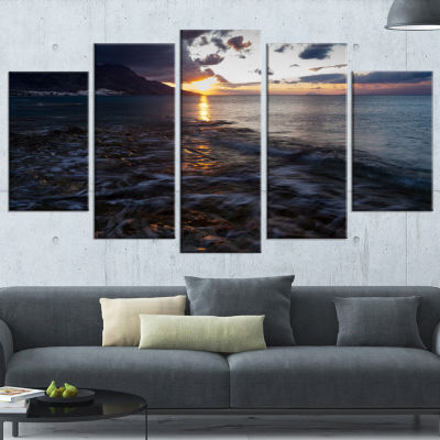 Gloomy Sea Coast At Sunrise Modern Seashore Wrapped Canvas Art - 5 Panels