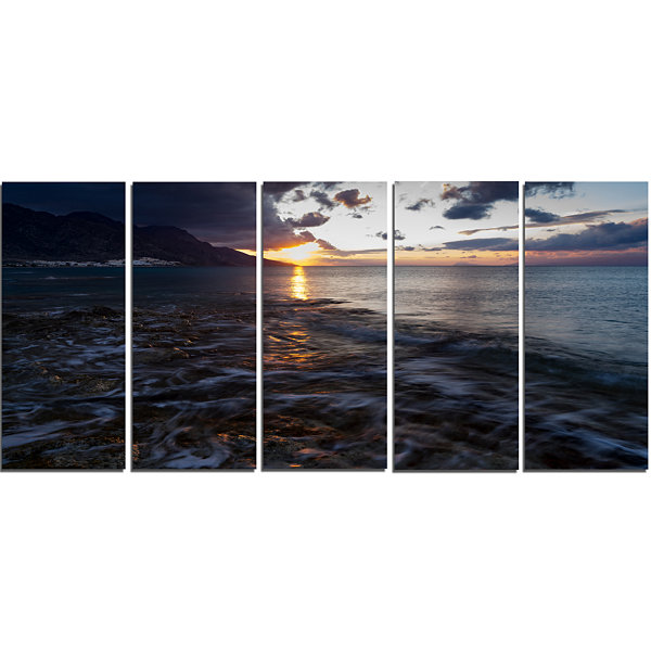 Designart Gloomy Sea Coast At Sunrise Modern Seashore CanvasArt - 5 Panels