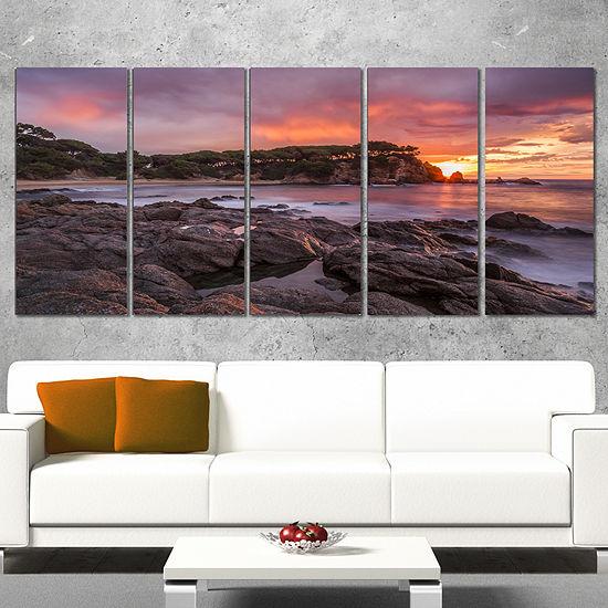 Designart Gloomy Seashore With Large Rocks Seascape Canvas Art Print - 5 Panels