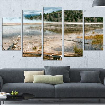 Designart Grand Prismatic Spring Landscape Photography Canvas Art Print - 4 Panels