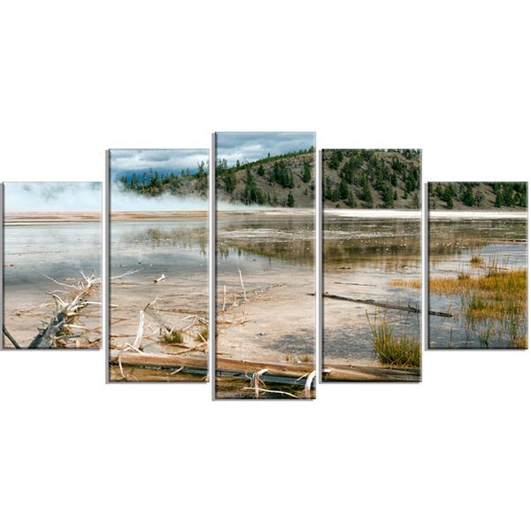 Designart Grand Prismatic Spring Landscape Photography Wrapped Canvas Art Print - 5 Panels