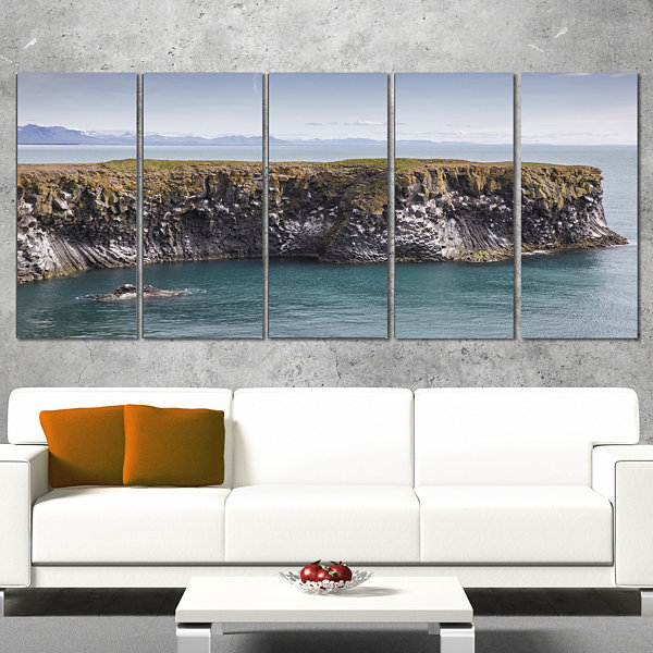 Designart Huge Rock In Coastline Panorama Extra Large Seashore Canvas Art - 4 Panels