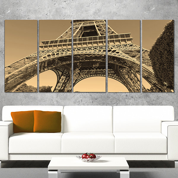 Designart Iconic Paris Paris Eiffel Towerview FromGround Cityscape Wrapped Canvas Print - 5 Panels