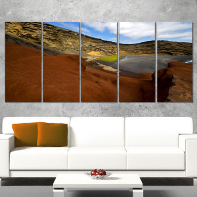 Designart In El Golfo Lanzarote Spain Musk Pond Seashore Canvas Art Print - 5 Panels