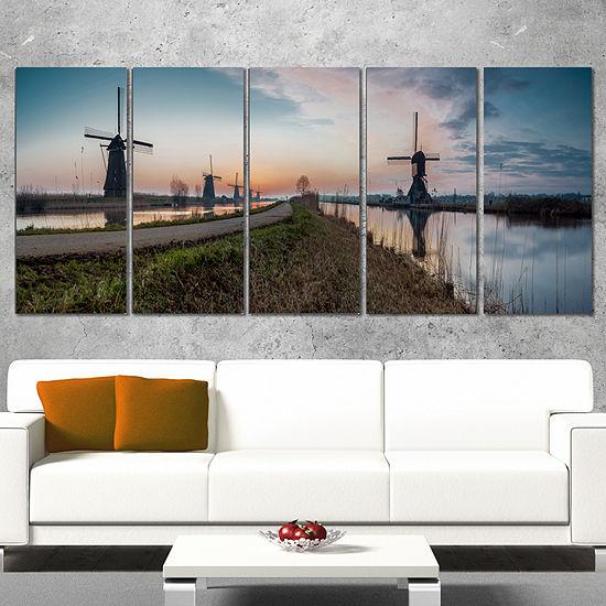 Designart Kinderijk Holland Panorama Landscape Artwork Canvas - 4 Panels
