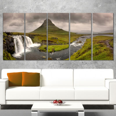 Designart Kirkjufell Waterfalls In GrundarfjordurLandscapeCanvas Art Print - 4 Panels