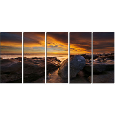 Designart La Perhouse Beach Sydney Seascape CanvasArt Print- 5 Panels