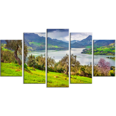 Designart Lake Rosamarina Panorama Landscape PhotoCanvas Art Print - 4 Panels