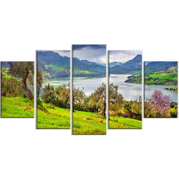 Designart Lake Rosamarina Panorama Landscape PhotoCanvas Art Print - 5 Panels