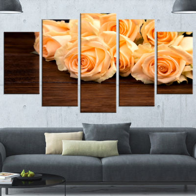 Designart Roses on Wooden Surface Photo Floral Canvas Art Print - 5 Panels