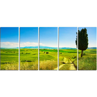 Designart Rural Landscape Countryside Farm Oversized Landscape Wall Art Print - 5 Panels