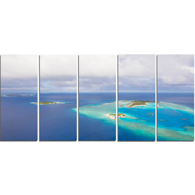 Designart Aerial View of Maldives Island Modern Seascape Canvas Artwork - 5 Panels