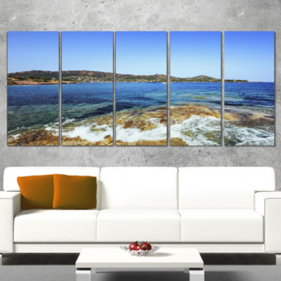 Designart Agay Bay in Esterel Rocks Beach Oversized Beach Canvas Artwork - 5 Panels