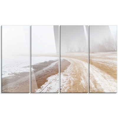 Designart Sandy Beach in the Winter Fog Modern Seashore Canvas Art - 4 Panels