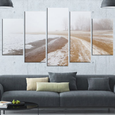 Designart Sandy Beach in the Winter Fog Modern Seashore Wrapped Art - 5 Panels