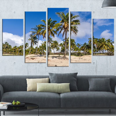 Designart Anakena Beach in Easter Island SeascapeWrapped Canvas Art Print - 5 Panels