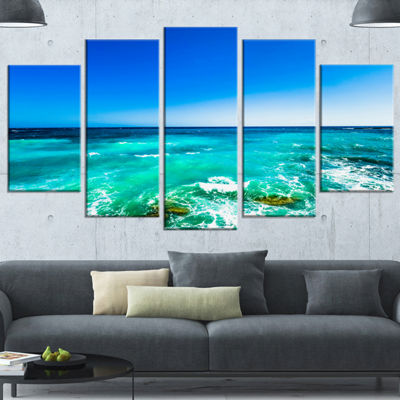 Designart Seashore with Clear Water and Sky ModernSeashoreWrapped Art - 5 Panels