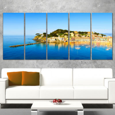 Designart Sestri Levante Silence Bay Sea Extra Large Seashore Canvas Art - 5 Panels