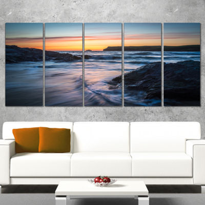 Designart Setting Sun at Polzeath Beach Modern Seascape Canvas Artwork - 4 Panels
