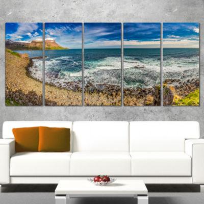Designart Arctic Sea and Coastline Panorama ExtraLarge Seashore Canvas Art - 5 Panels