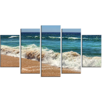 Designart Atlantic Beach with Foaming Waves ExtraLarge Seascape Art Wrapped Canvas - 5 Panels