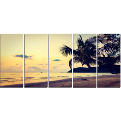 Designart Silhouette Coconut Tree Seascape CanvasArt Print- 5 Panels